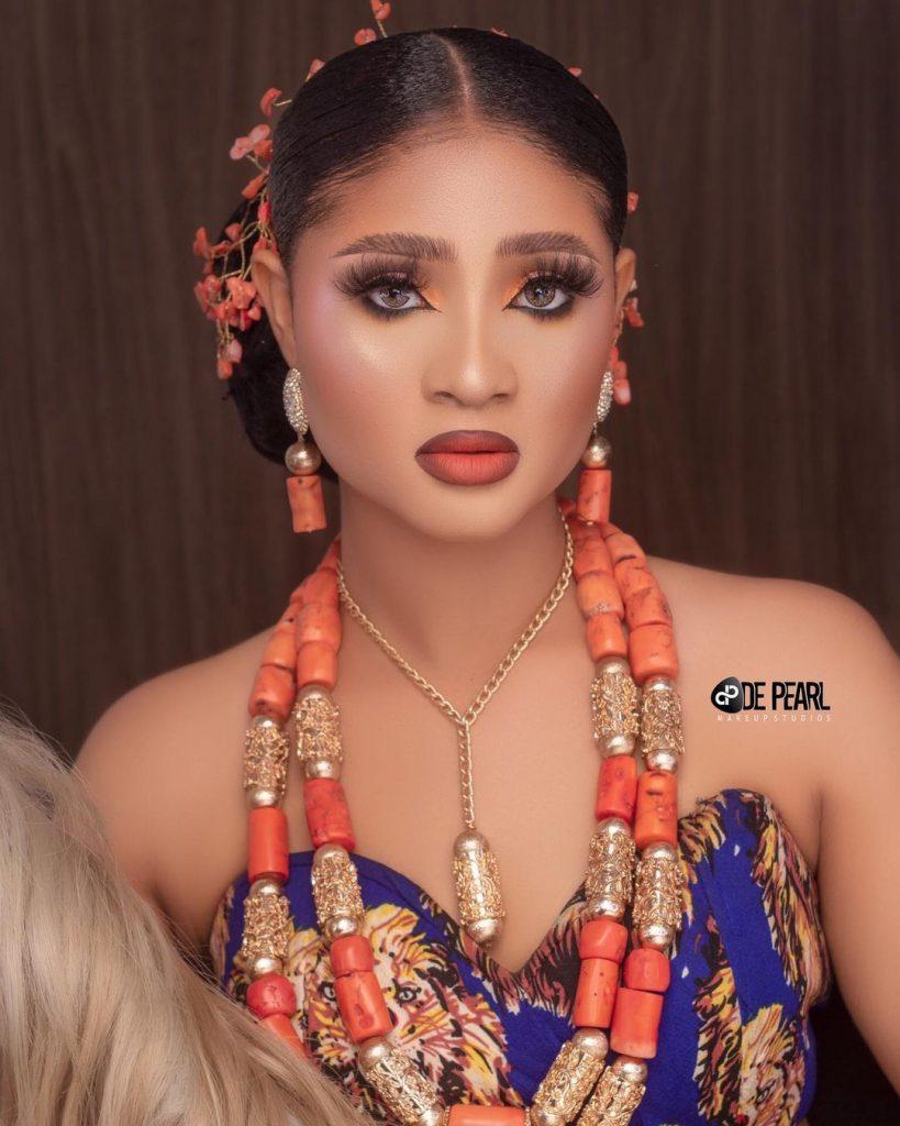 de pearl beauty look 3