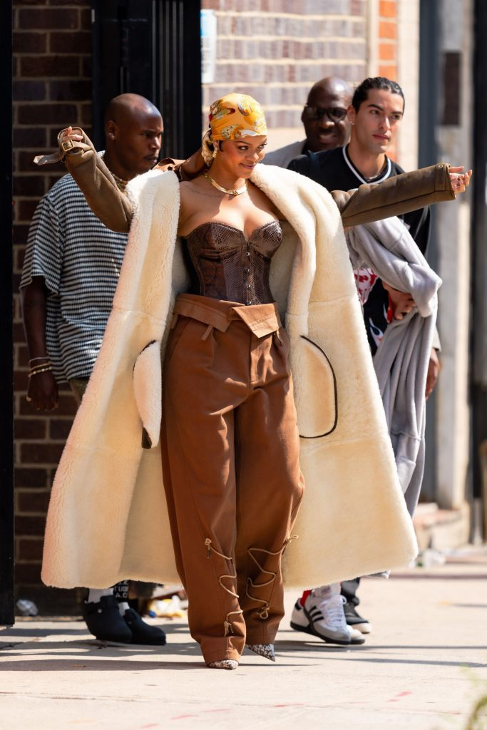 rihanna asap rocky film music video nyc july 2021 pictures28929